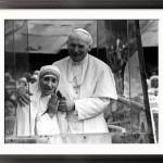 Mother Teresa with John Paul 2