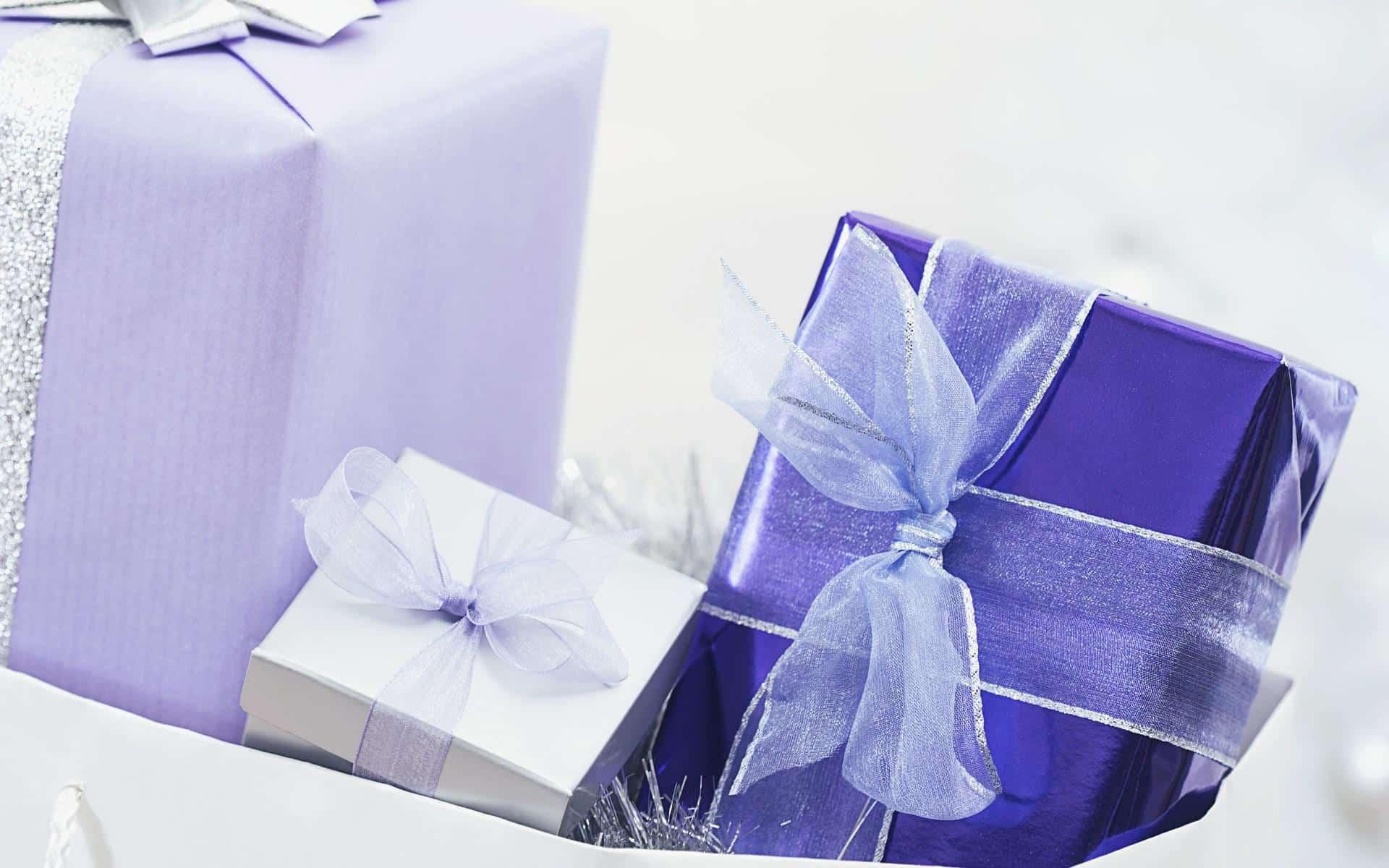 Разное: подарки, праздник, банты.