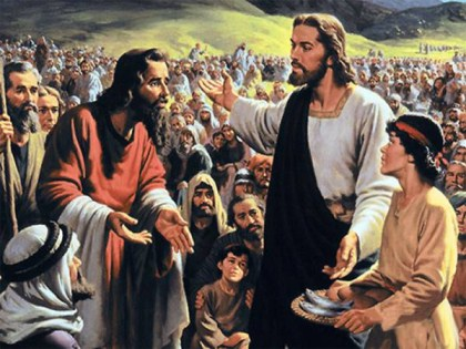Jesus Feeds 5000 With Fish And Bread
